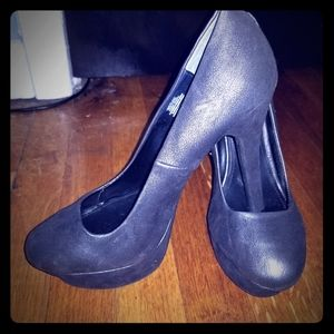 Jennifer Lopez High heels